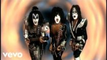 Kiss – Psycho Circus – music video